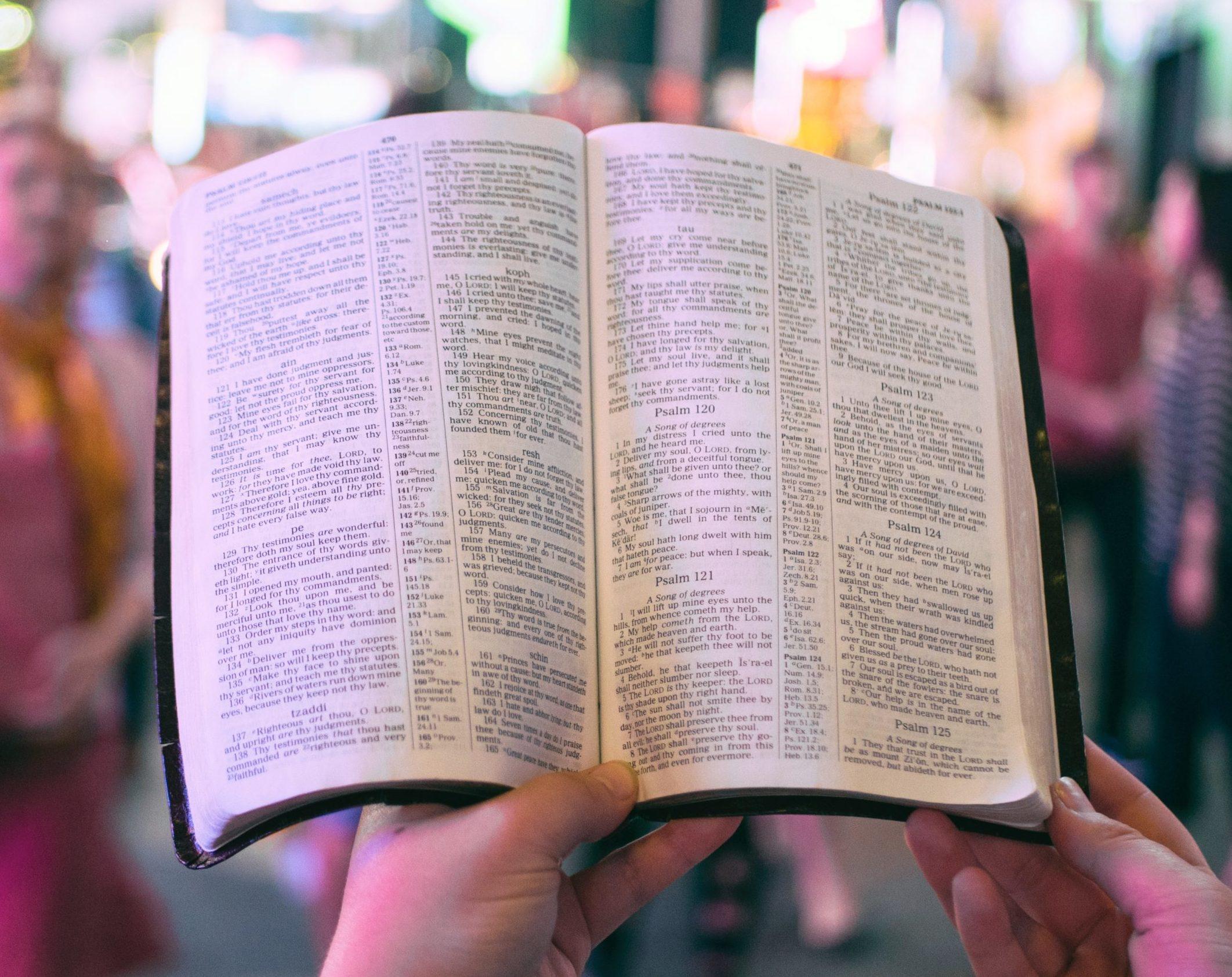 Hoffnung in der Krisenzeit – Die Bibel als Anker
